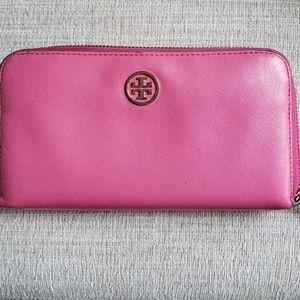 Tory Burch Pink zip Wallet